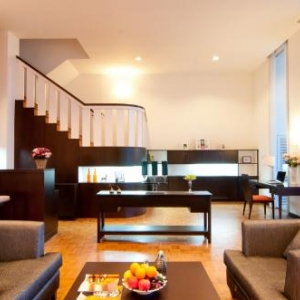 Thailand Serviced Apartment - The Natural Park Apartment
