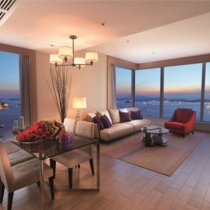 Kowloon Serviced Apartment - The HarbourView Place @ ICC megalopolis