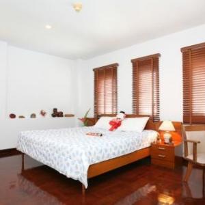 Sathorn - Silom Serviced Apartment - Sriwattana Apartment